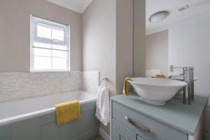 Omar-Colorado-Bathroom-1-.jpg-WEB